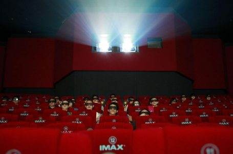 Movie theaters are struggling to survive the pandemic. Many won't